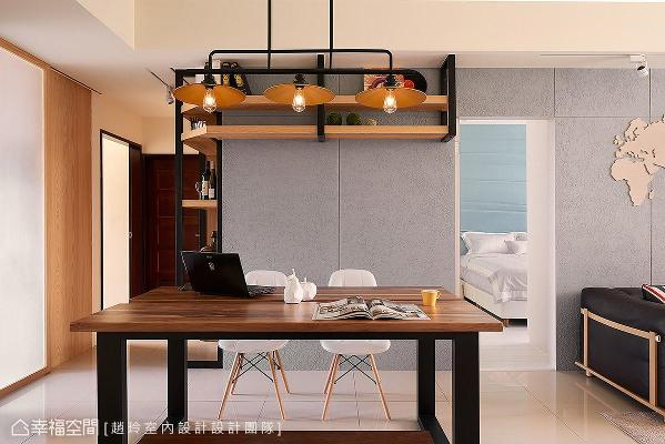 采用隐藏门片手法,整合沙发背墙、主卧房门与餐厅墙面的整体视觉,打造完整一致的设计美感。