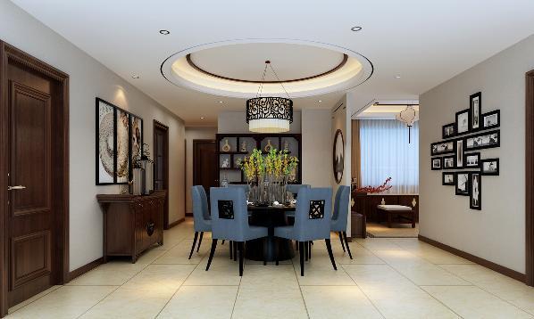 餐厅顶部圆形吊顶造型,与圆形餐桌相呼应。