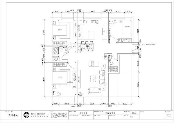 客餐厅简介:入户门左前方是客厅,右前方是餐厅;起到过渡室内空间与室外空间的作用,同时,以简洁明快的设计风格为主调,在视觉上显的更加宽敞。