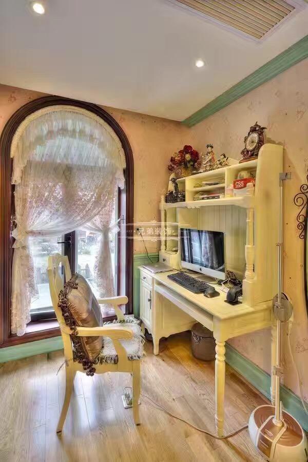 北麓官邸 别墅装修 美式风格 书房图片来自兄弟装饰-蒋林明在重庆北麓官邸装修案例的分享