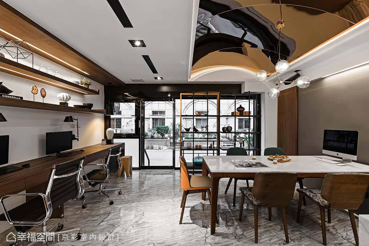 办公室 现代 简约 其他图片来自幸福空间在微夜店风 现代华丽办公室的分享