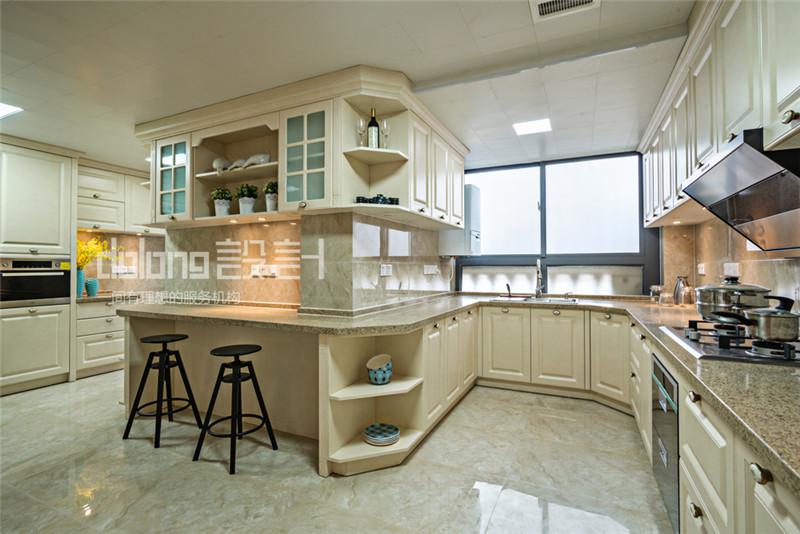 简约 三居 厨房图片来自DoLong董龙设计在法兰谷装修实景《眷秋》的分享