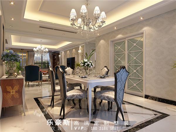 这个角度看过去,整个餐厅和客厅通透敞亮,视觉效果极好。