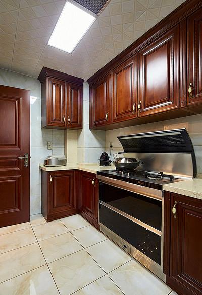 厨房图片来自家装大管家在尊贵优雅 145平新古典高雅3居室的分享
