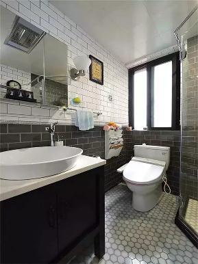 美式 简美 二居 收纳 白领 小资 卫生间图片来自沙漠雪雨在90平米小清新美式两居室的分享