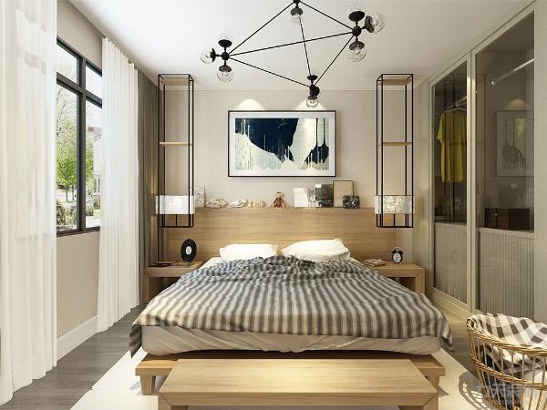 主卧我们采用木质和米黄色乳胶漆和床头软包互相结合,浅色床品也让空间高档起来。 再加上选择了地毯和灰色的地板,  衣柜选择了透明的玻璃材质柜门, 让空间能更加的好用