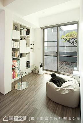 二居 现代 简约 收纳 阳台图片来自幸福空间在黄金比例の简约自在居的分享