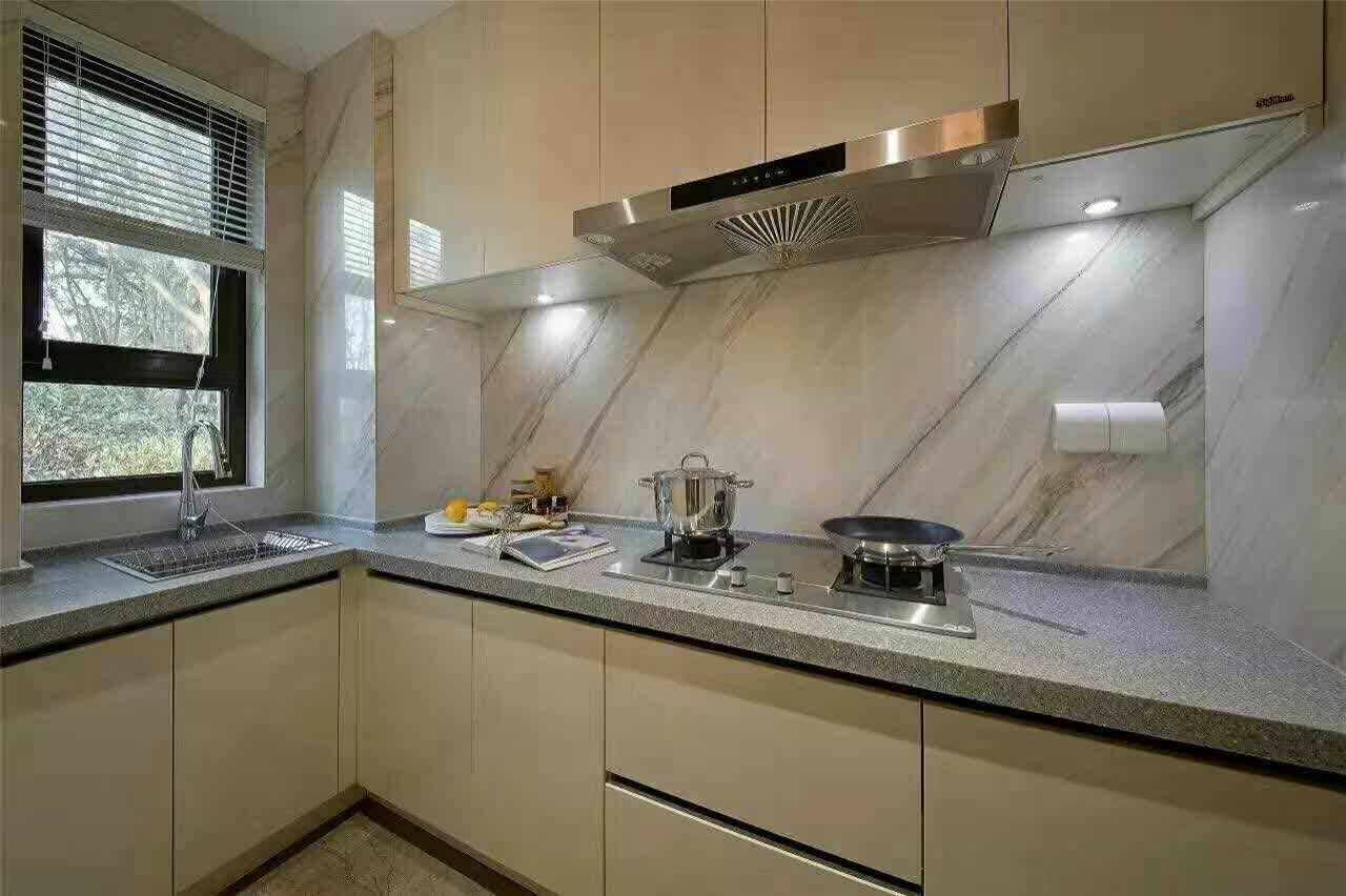 厨房图片来自西安龙发装饰黄蓉在港式实景案例分享的分享