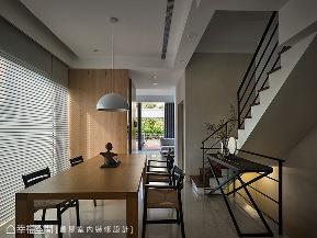 三居 现代 简约 收纳 楼梯图片来自幸福空间在传承 历久弥新传家退休宅的分享