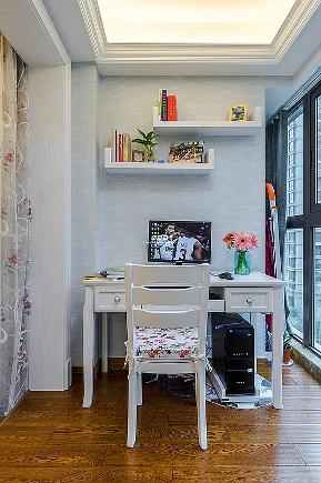 欧式 简约 三居 白领 小资 收纳 阳台图片来自中博装饰在西文南苑简欧清爽居家的分享
