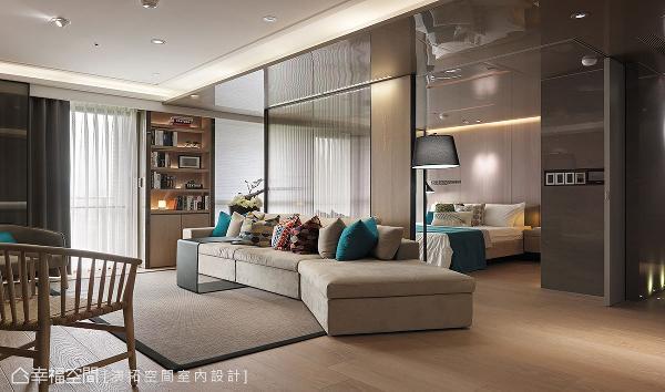 选用硬度和高度适中的沙发和桌椅,减少锐角直角的设计,降低碰撞和跌倒的危险。
