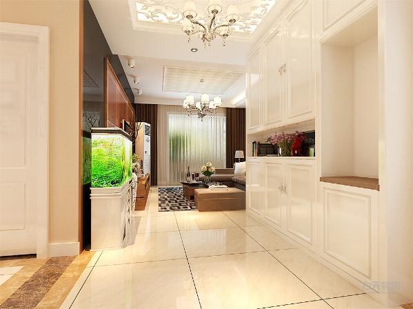 玄关有储物柜的设置方便储物,合理利用了空间,并且有浴缸的摆设增了了整个家的风水