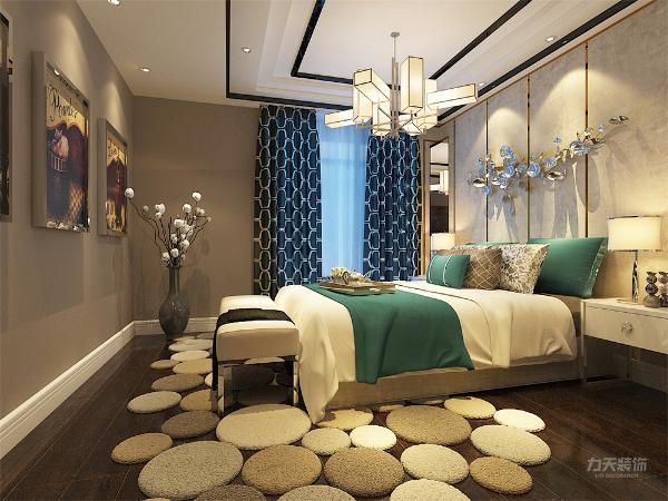 主卧室窗户采光度高,通透性大空间大。另外两个卧室空间适中,三个卧室空间都较为方正,足够满足业主生活上的需求,卫生间干湿分离,有照顾的卧室的便利性还有窗户阳光杀菌。