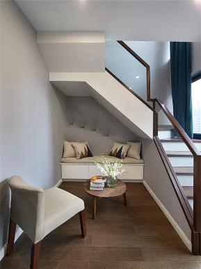 简约 现代 三居 复式 小资 白领 楼梯图片来自沙漠雪雨在149平米现代简约婚房诗意般栖居的分享