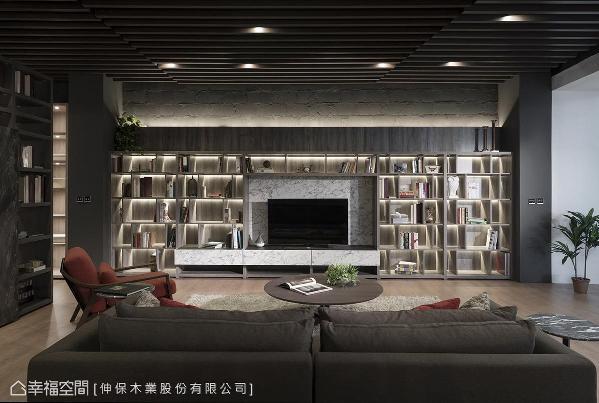 电视墙以书柜结合电视柜形式呈现,于立板打光提升空间精致度。