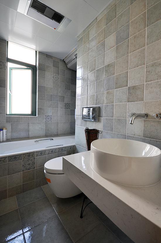 简约 现代 二居 小资 80后 卫生间图片来自武汉全有装饰在奥山世纪城94平原木风格的分享