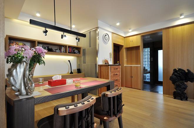 简约 现代 二居 小资 80后 餐厅图片来自武汉全有装饰在奥山世纪城94平原木风格的分享