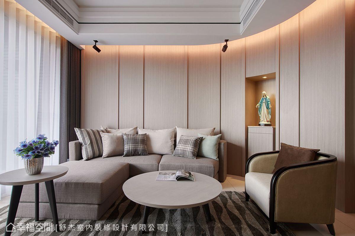四房 简约 现代 收纳 旧房改造 客厅图片来自幸福空间在风風尚雅逸的分享