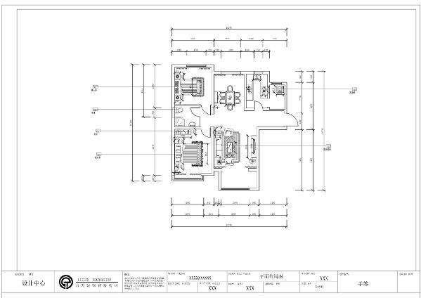 首先从入户门进入顺时针方向分别为客厅、餐厅、主卧、卫生间、次卧。客餐厅宽敞明亮,采光好。客厅的空间较大,比较宽敞,主卧内设大飘窗,采光充足,视野开阔,专属性强。次卧、卫生间、厨房大小刚好,使用方便。