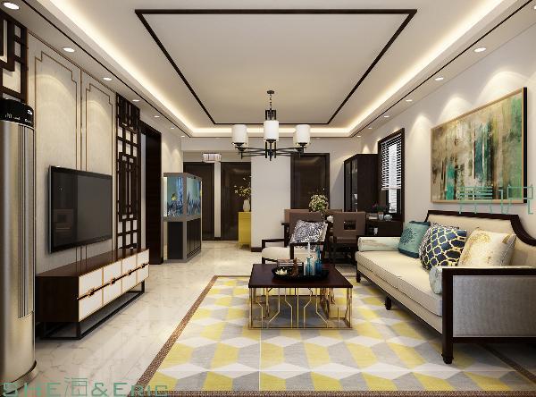 定制的简约黑漆花格结合软包及金色圈线造型让整个室内的格调得以呈现,青花图案软包、水墨意蕴的装饰画让家萦绕在中式文化的氛围之中。
