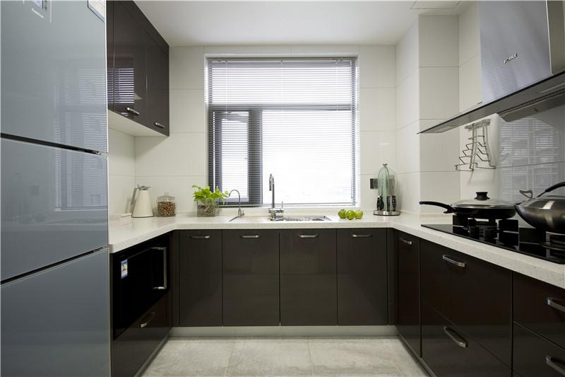 龙发装饰 格调林泉 现代 简约 二居 厨房图片来自龙发装饰天津公司在格调林泉90平米现代极简风格的分享