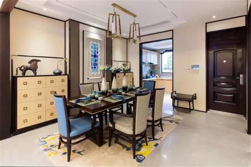 龙发装饰 现代 中式 格调林泉 平层 餐厅图片来自龙发装饰天津公司在格调林泉250平米现代中式风格的分享