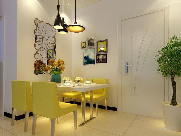 餐厅内墙面挂画做装饰,餐厅右手边是卫生间