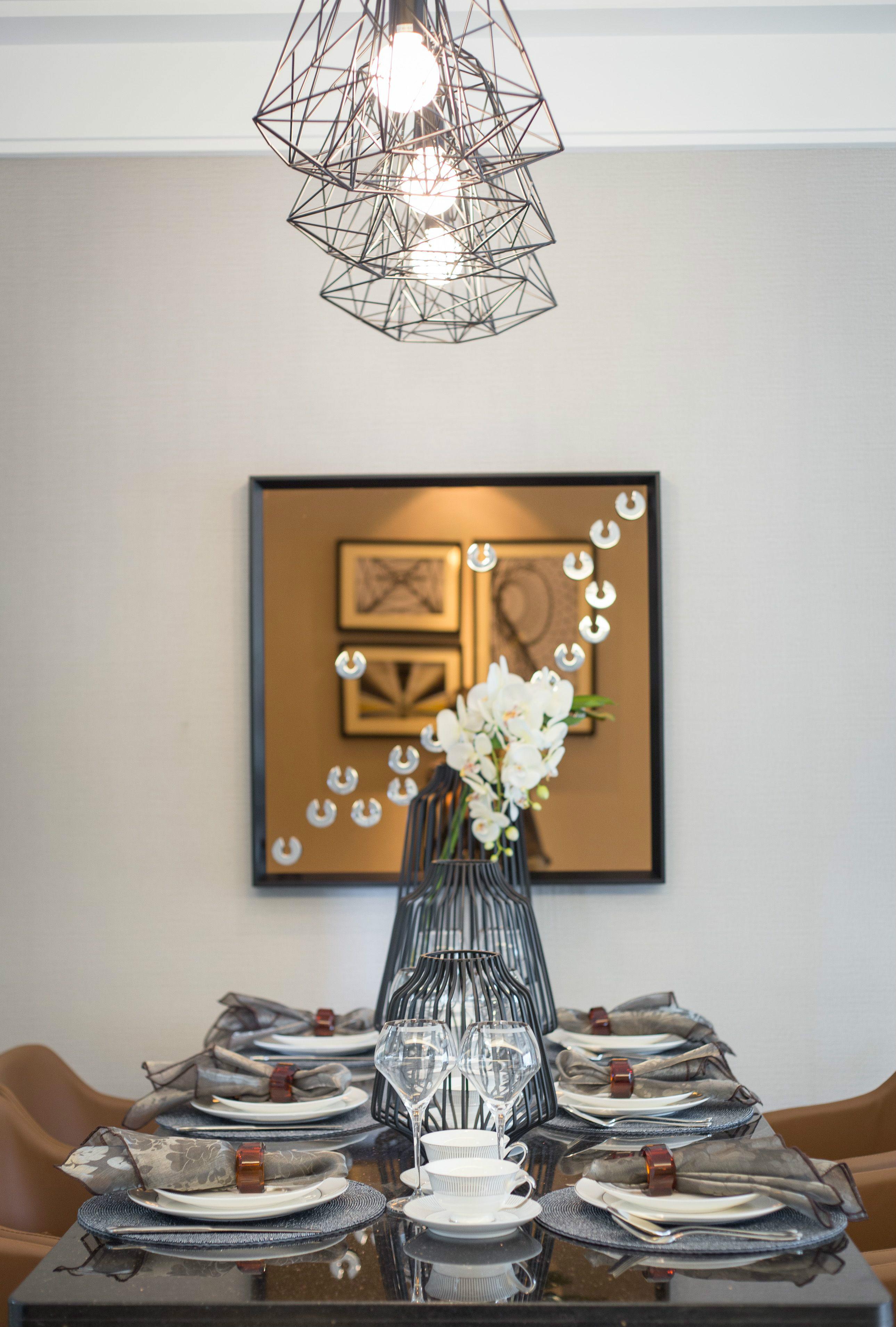 田园 简约 餐厅图片来自陕西峰光无限装饰在东旭小区的分享