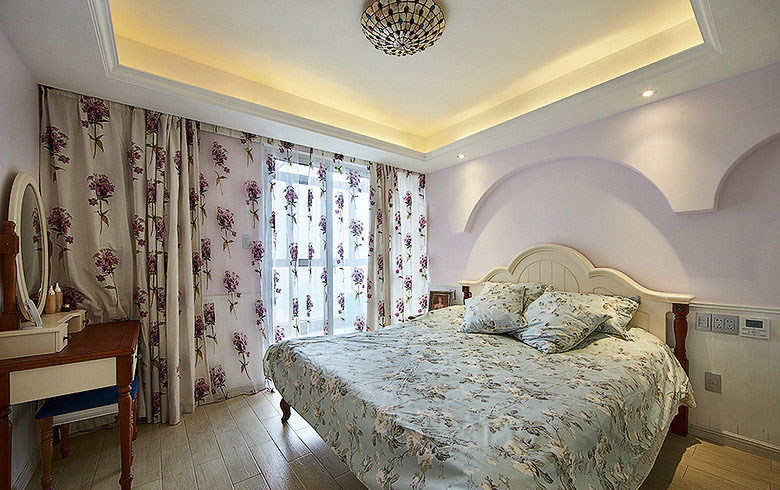 卧室图片来自家装大管家在一眼惊喜 100平地中海温馨3居室的分享