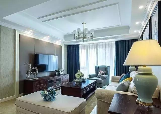 客厅图片来自家居装饰-赫拉在兰州实创装饰110㎡美式实景两居的分享