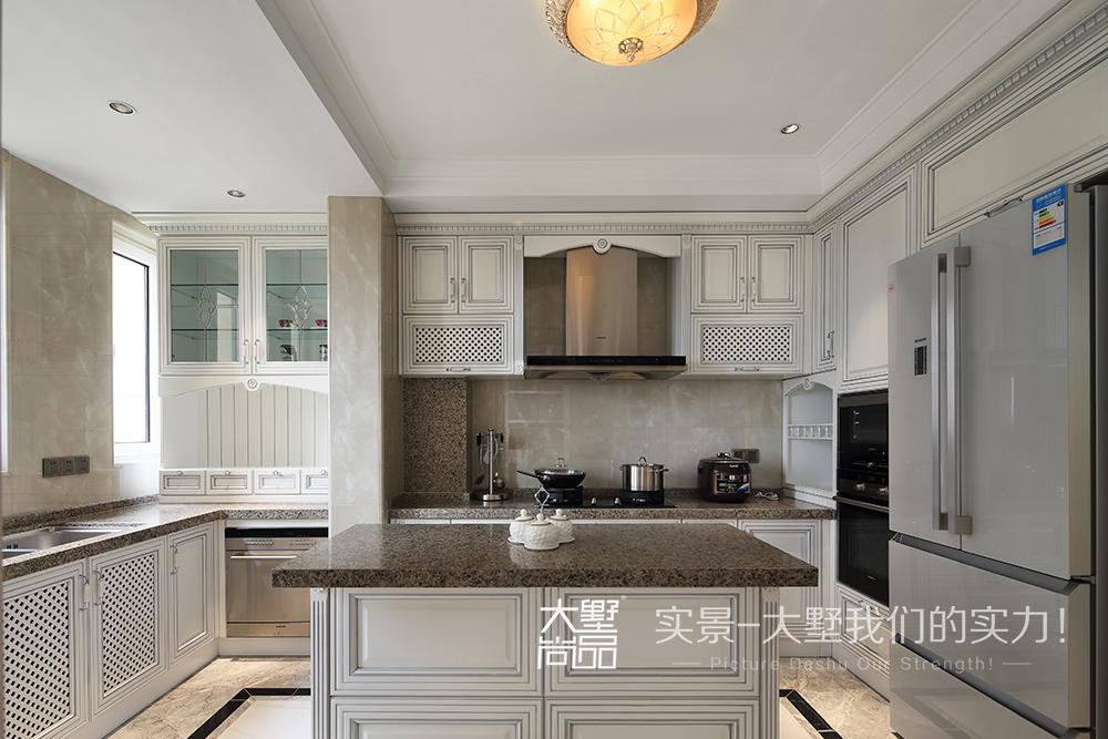 四居 新古典风 厨房图片来自大墅尚品-由伟壮设计在欧式古典四居·美得很彻底的分享