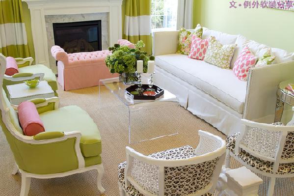色彩搭配在家居设计中十分重要,一个配搭和谐的空间才能在此基础上诠释优雅与时尚。跟着设计师们玩转缤纷色彩,与时尚零距离。