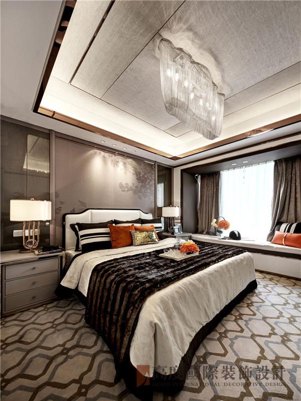 后现代 三居 定制家装 小资 80后 卧室图片来自高度国际姚吉智在153平米后现代写意生活品味从容的分享