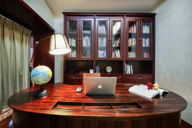 简约 别墅 白领 欧式 书房图片来自在深圳南山 珑御府 300平米的分享
