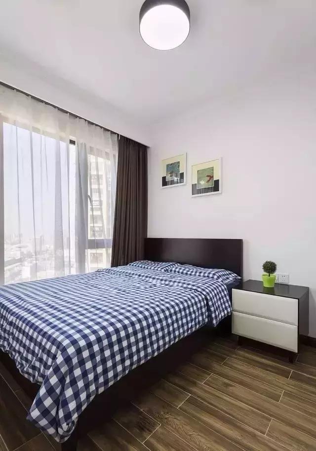 卧室图片来自家居装饰-赫拉在兰州实创装饰118㎡现代风实景的分享