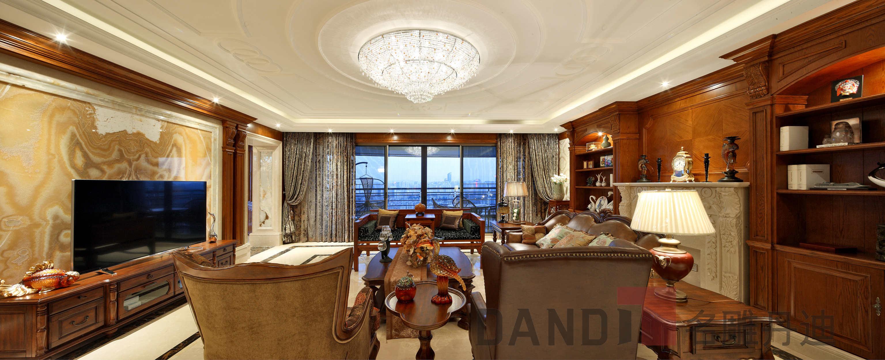美式 欧式 别墅 客厅图片来自名雕丹迪在天御山-美式风格-700平-独栋的分享