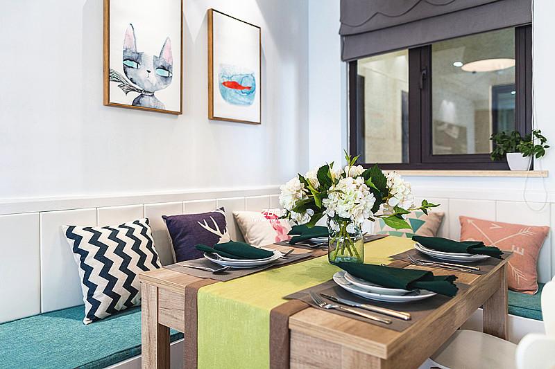 简约 二居 白领 收纳 小资 北欧 餐厅图片来自中博装饰在春和钱塘89方VS大宅的北欧风情的分享