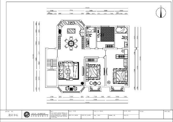 此户型是三室两厅两卫的户型,3.15米层高,明亮玄关空间,雍容主卧套房,独立卫生间、专属衣帽间。一字形长厅设计,进一步延伸空间。主人独立书房,人性化格局分布。