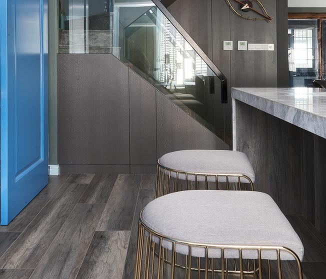 北京 公寓装修 现代风格 装修 设计 餐厅图片来自北京紫禁尚品装饰刘霞在公寓跃层现代风格装修作品的分享