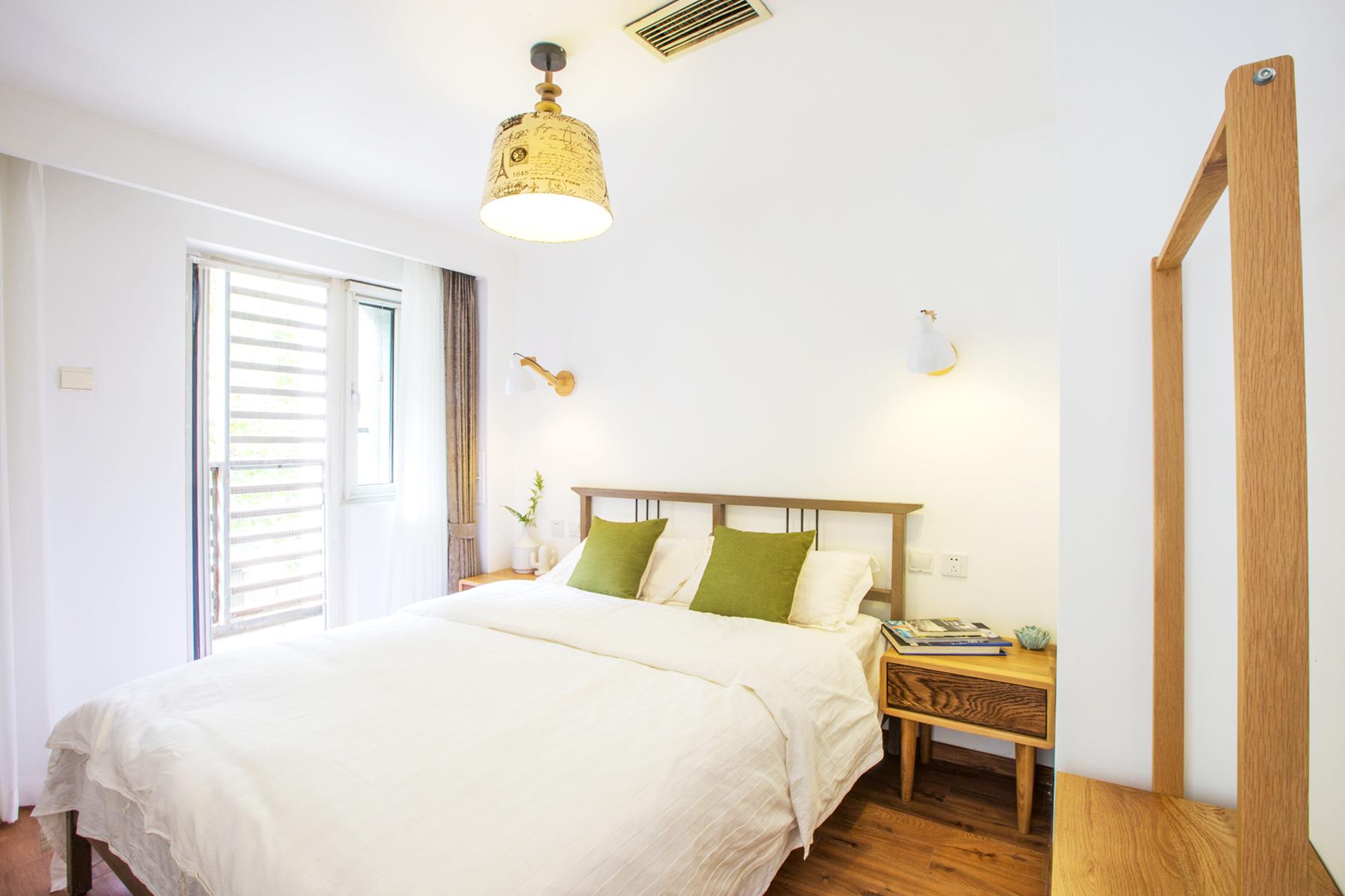 客厅 卧室 餐厅 白领 旧房改造 小资 80后图片来自iHome短住公寓在格调原色复式的分享