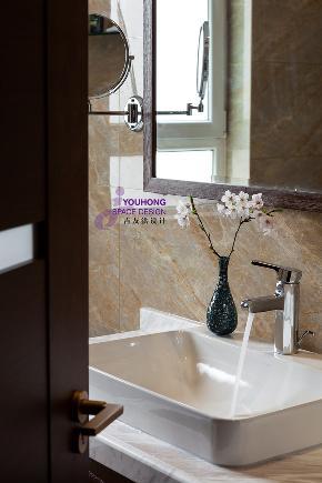 港式 新中产 卫生间图片来自无锡吉友洪设计工作室在无锡吉友洪设计——静水深流的分享