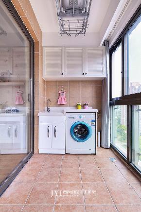 三居 80后 小资 北欧 阳台图片来自无锡吉友洪设计工作室在清新优雅苑的分享