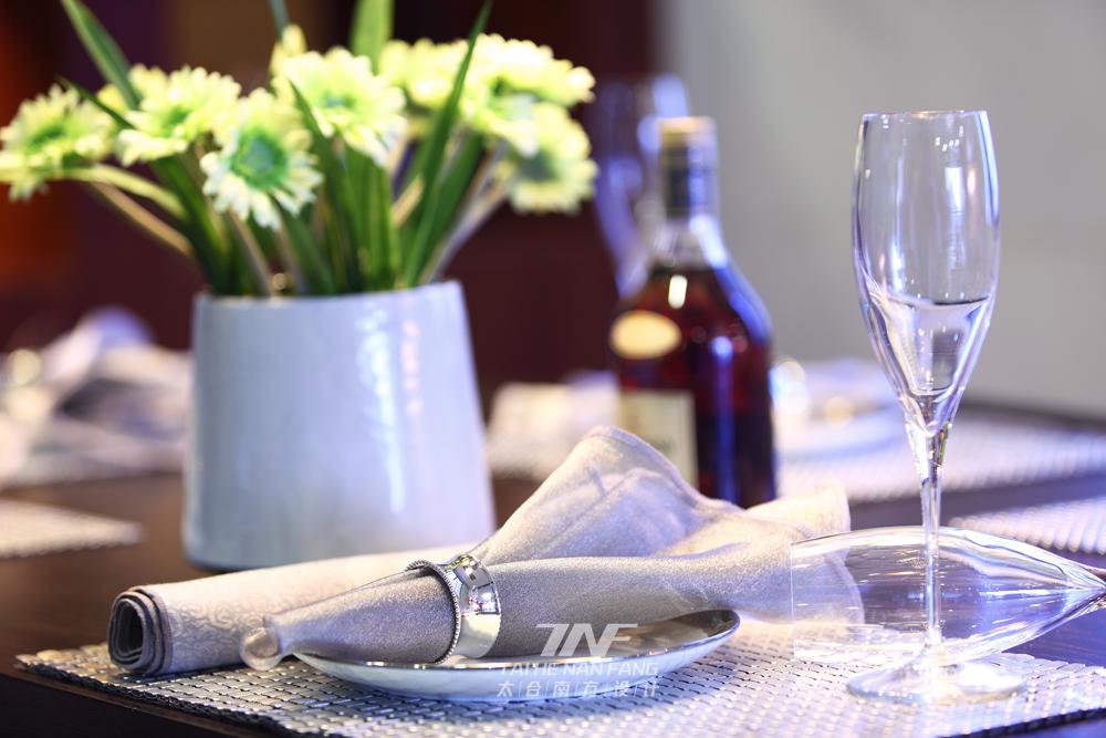 中式风格  四居室  白领 餐厅图片来自王五平设计在东莞皇家公馆住宅的分享