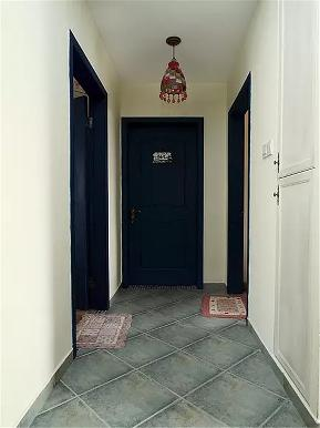 简约 地中海 二居 白领 80后 小资 玄关图片来自高度国际姚吉智在89平米简约地中海小两口温馨之家的分享
