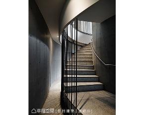 大户型 现代 休闲 楼梯图片来自幸福空间在2039平翡翠森林小区会所的分享
