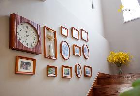混搭 日式 复式 收纳 照片墙 楼梯图片来自jiayu在心素如简的分享