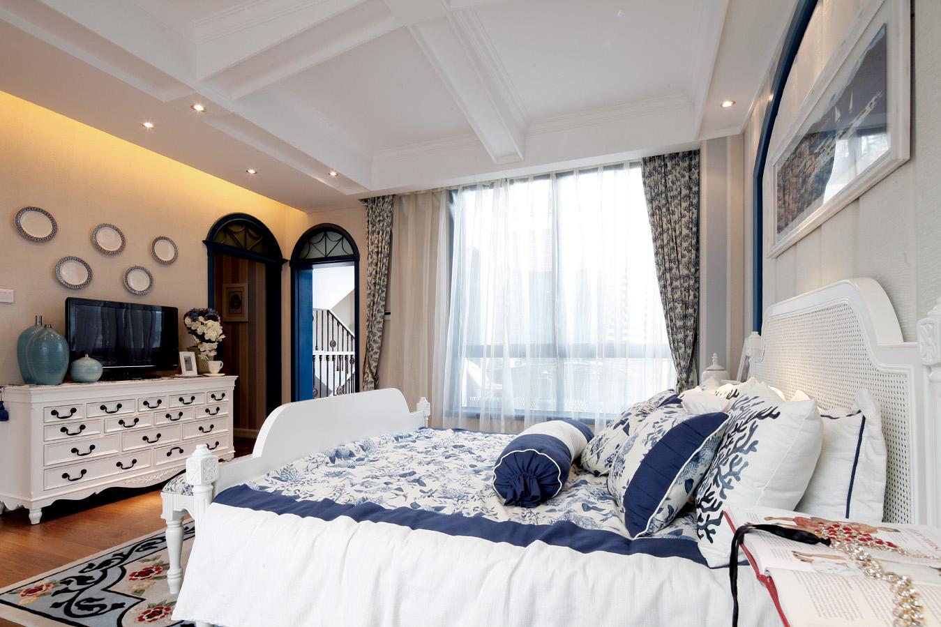 别墅 旧房改造 地中海风格 loft装修 卧室图片来自元洲装饰木子在地中海风格装修设计的分享
