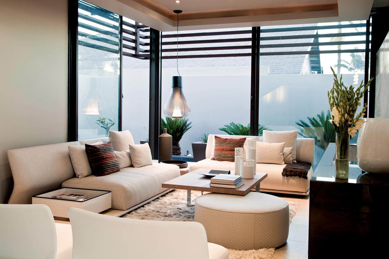 简约 欧式 田园 混搭 二居 三居 别墅 白领 旧房改造 客厅图片来自元洲装饰木子在简约风格装修设计的分享