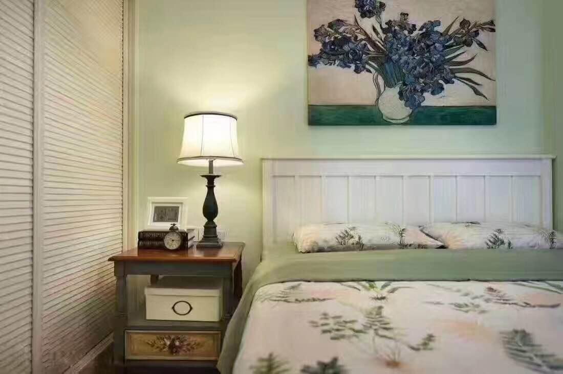 简约 小资 二居 卧室图片来自西安峰光无限装饰在星雨华府84㎡三口之家地中海风格的分享
