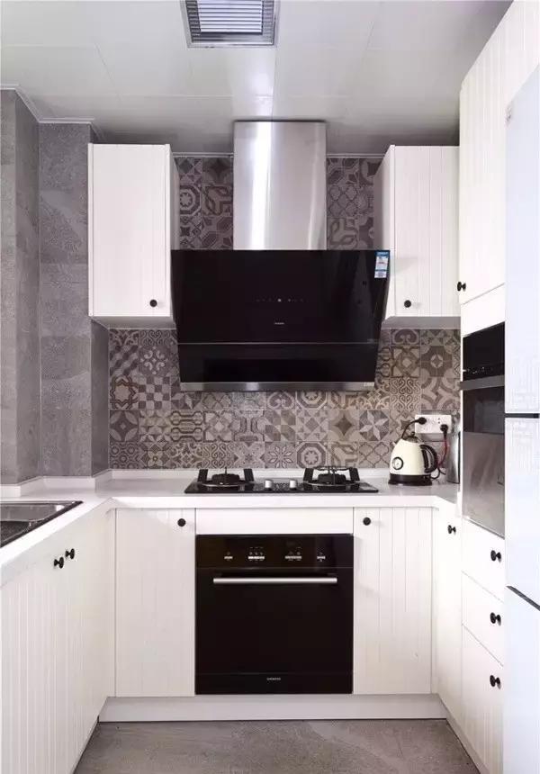 厨房图片来自家居装饰-赫拉在兰州实创装饰海德堡84北欧实景的分享
